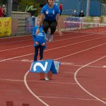 Philine Kochniss vor dem 400m-Hürdenstart